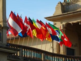 Ecommerce: Come vendere in Italia  dall'estero ?