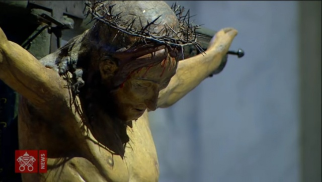 Il calvario dei detenuti in preghiera nel mondo da San Pietro