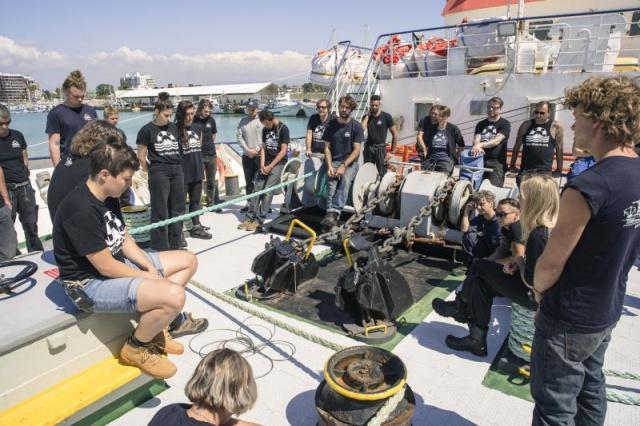 L'Europa rifiuta di aiutare i migranti: 130 morti in mare. In due giorni.